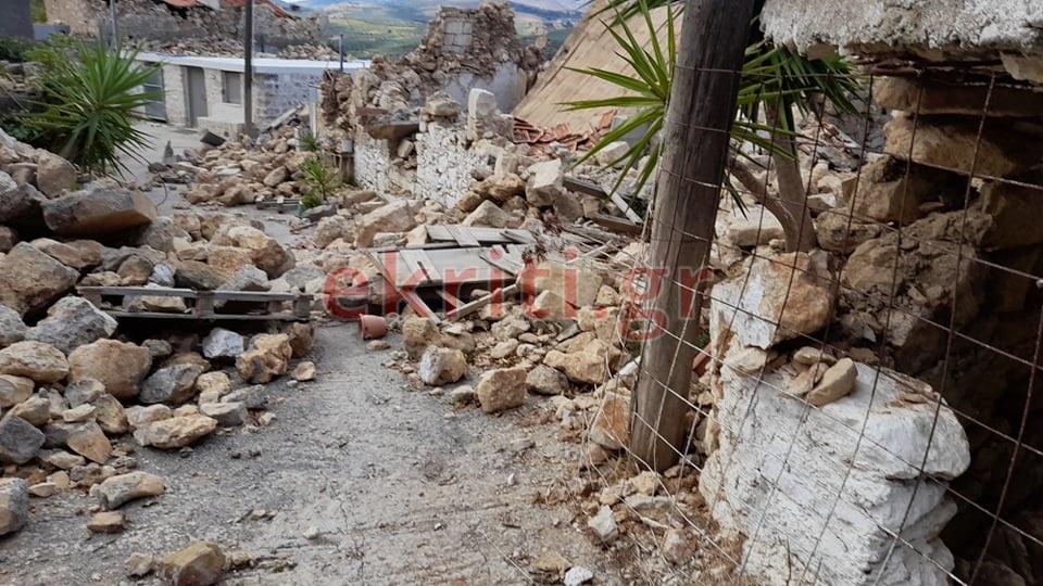 Σεισμός στο Γαλατά: Mοιάζει σαν να έπεσε βόμβα