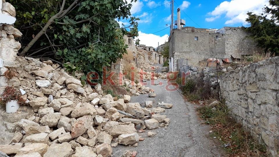 Ο σεισμός κατέστρεψε τους κόπους μιας ζωής