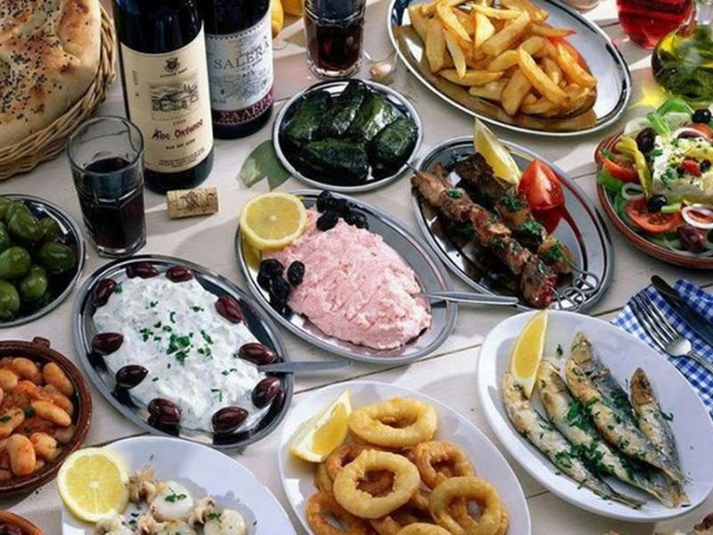 σαρακοστιανό τραπέζι