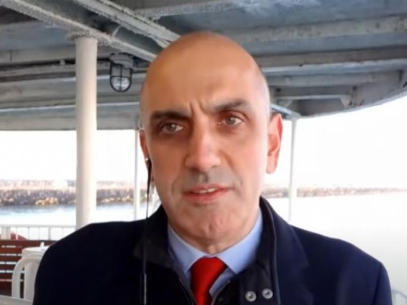Μανώλης Κωστίδης