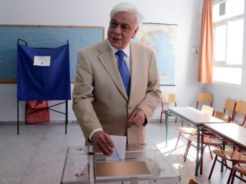 παυλόπουλος δημοψήφισμα