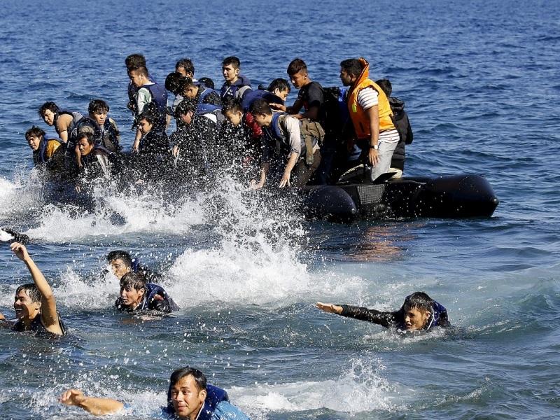 λέσβος μετανάστες