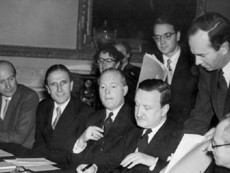 υπογραφή της συμφωνίας για την διαγραφή του γερμανικού χρέους