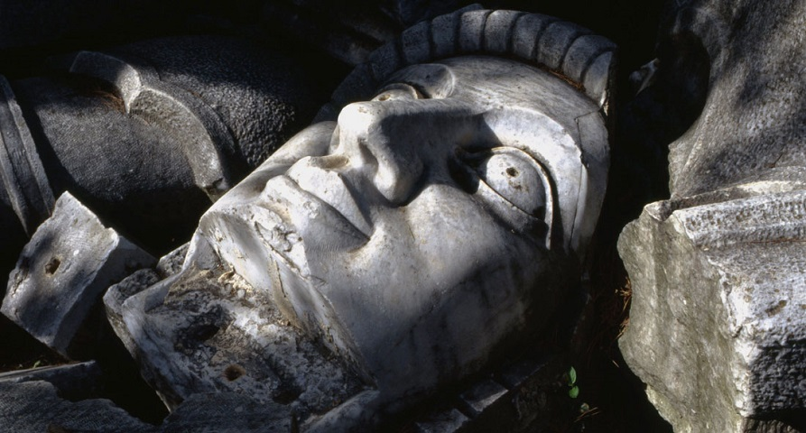 Κομμάτια του Αγάλματος της Ελευθερίας στα Χανιά
