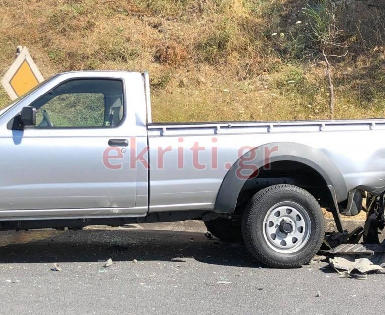 Το ένα από τα δύο οχήματα που ενεπλάκη στο τροχαίο ατύχημα.