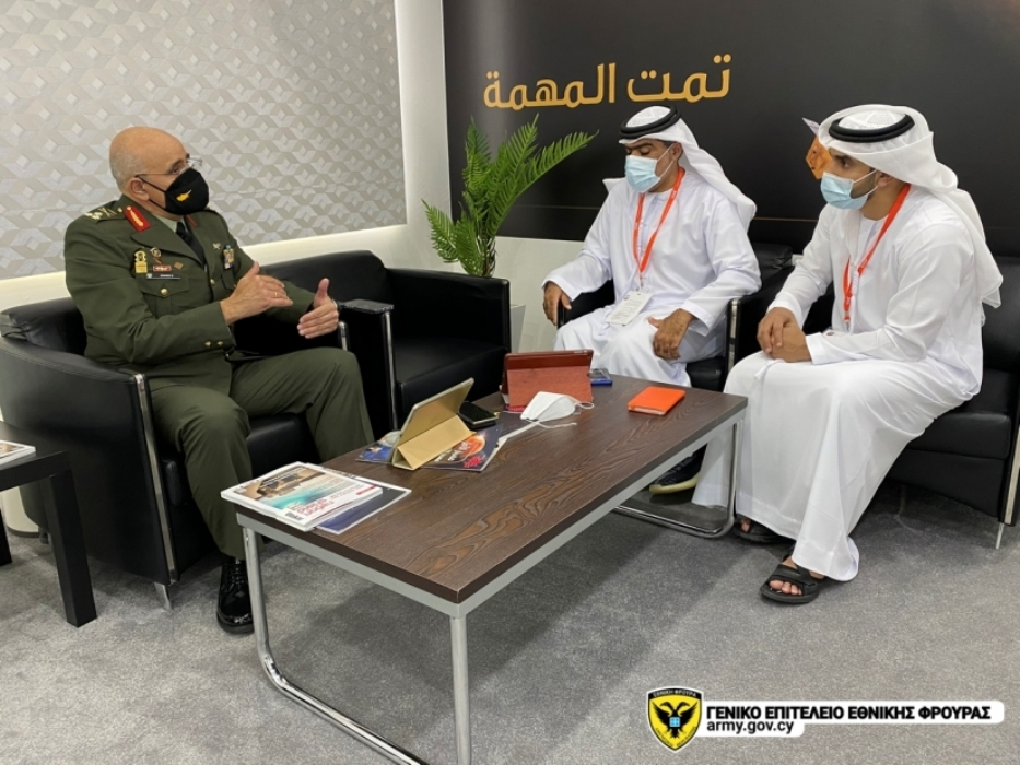 Η επίσκεψη έλαβε χώρα με την ευκαιρία της διεξαγωγής των διεθνών εκθέσεων αμυντικού εξοπλισμού IDEX και ΝAVDEX 2021, καθώς επίσης και του Διεθνούς Συνεδρίου Άμυνας IDC 2021.
