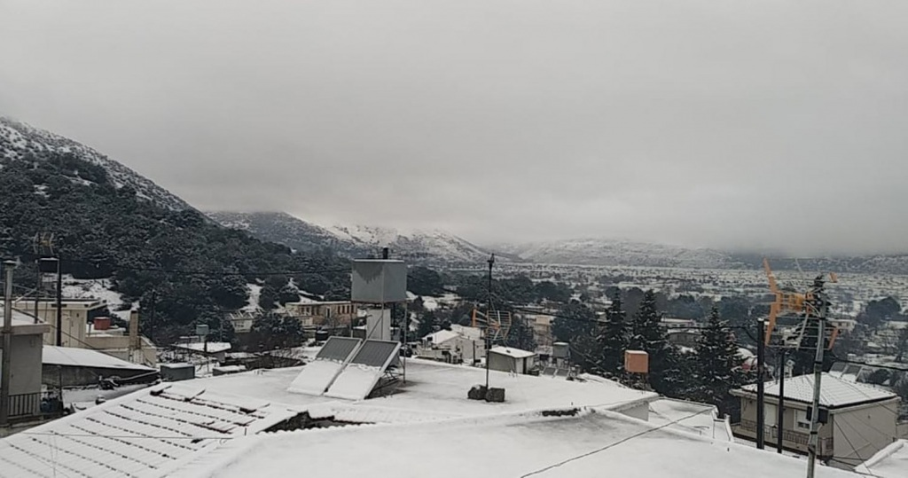 Ο δήμος Οροπεδίου με ανακοίνωσή του ενημερώνει τους γονείς πως δεν θα λειτουργήσουν αύριο τα σχολεία στην περιοχή.