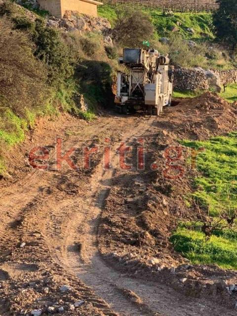 Ο Δήμος Αρχανών Αστερουσίων έχει απαγορεύσει στον Δήμο Ηρακλείου να προχωρήσει τις εργασίες.