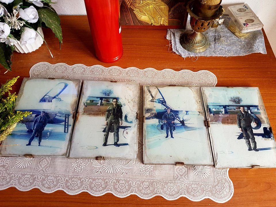 Φωτογραφία του Σάκη Μπαρουτα, από παλαιότερο μνημόσυνο για τους 4 αεροπόρους μας...