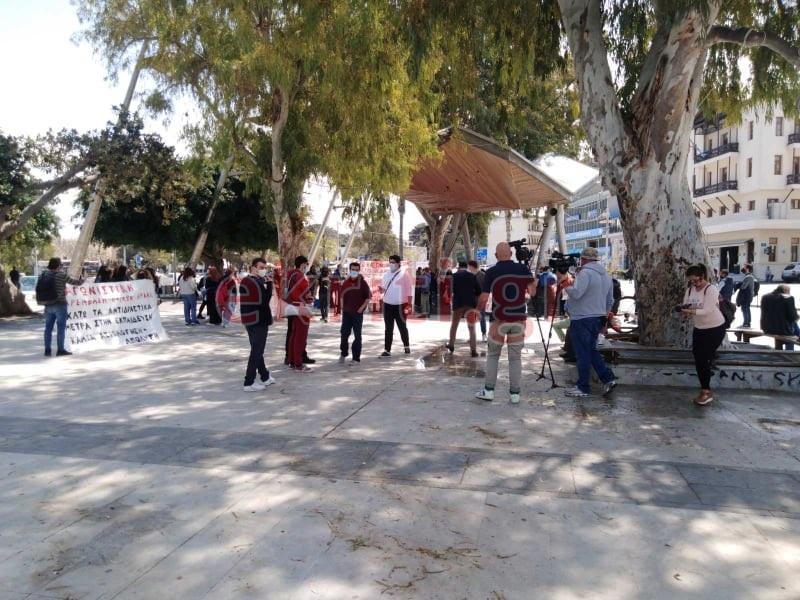 Εκπαιδευτικοί, μαθητές και φοιτητές στο πανεκπαιδευτικό συλλαλητηριο