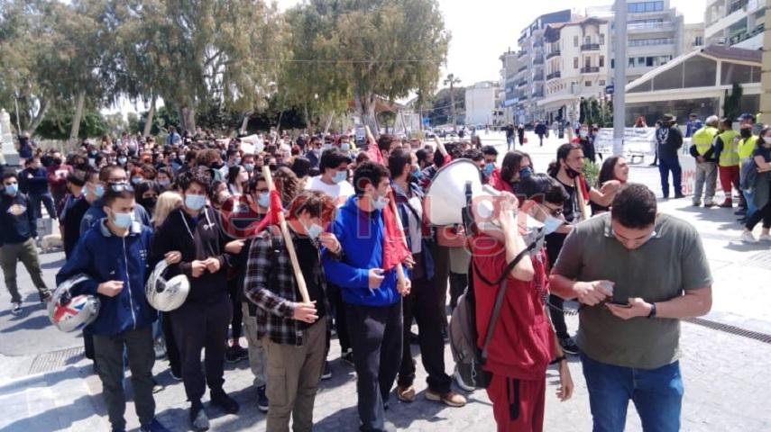 Η πορεία των φοιτητών