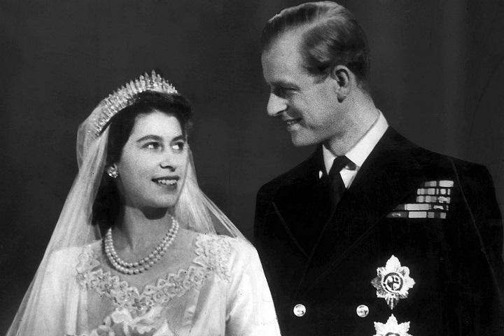 H βασίλισσα Ελισάβετ και ο πρίγκιπας Φίλιππος στον γάμο τους