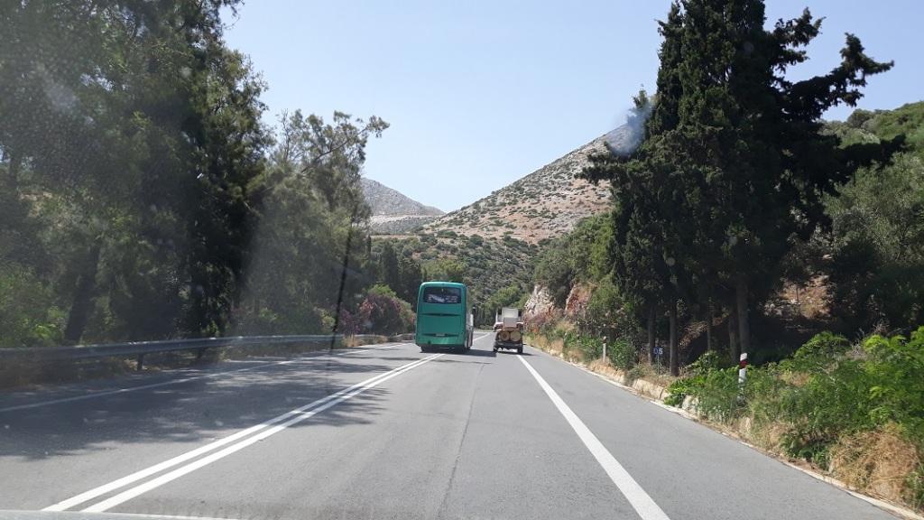 Επικίνδυνη προσπέραση στην εθνική οδό