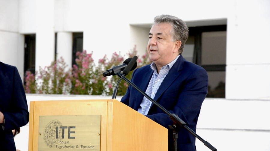 Ο περιφερειάρχης Σταύρος Αρναουτάκης