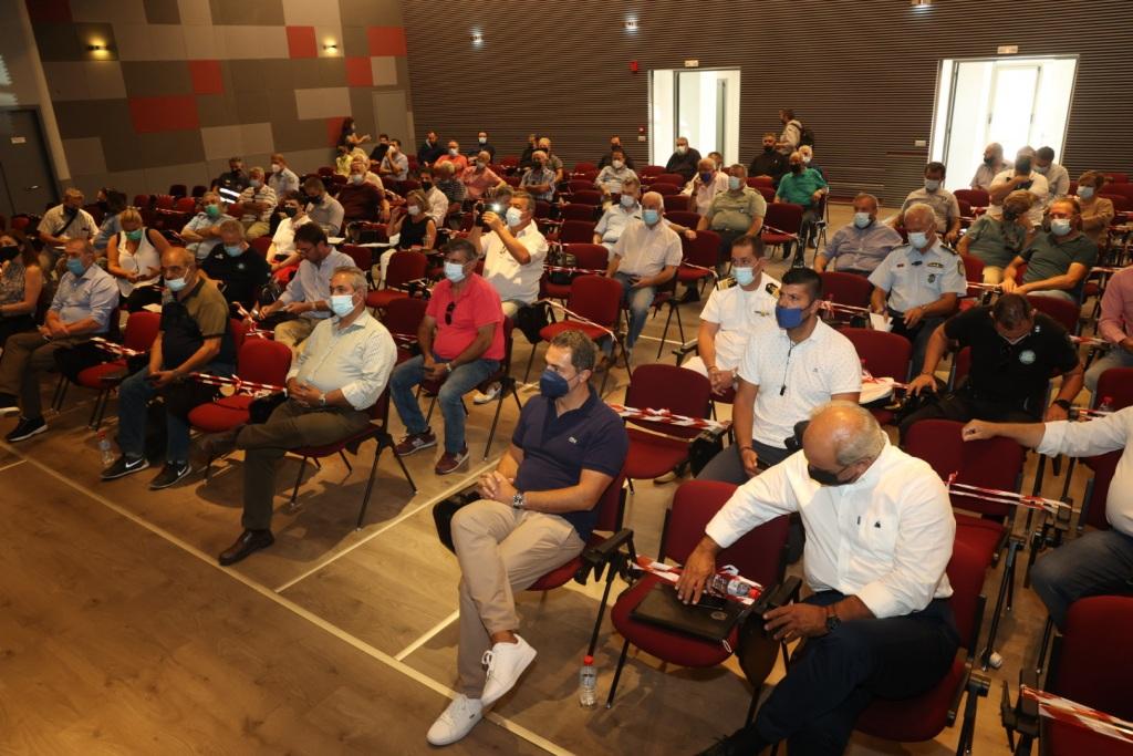 Η  ευρεία σύσκεψη  στο εκθεσιακό κέντρο Αρκαλοχωρίου