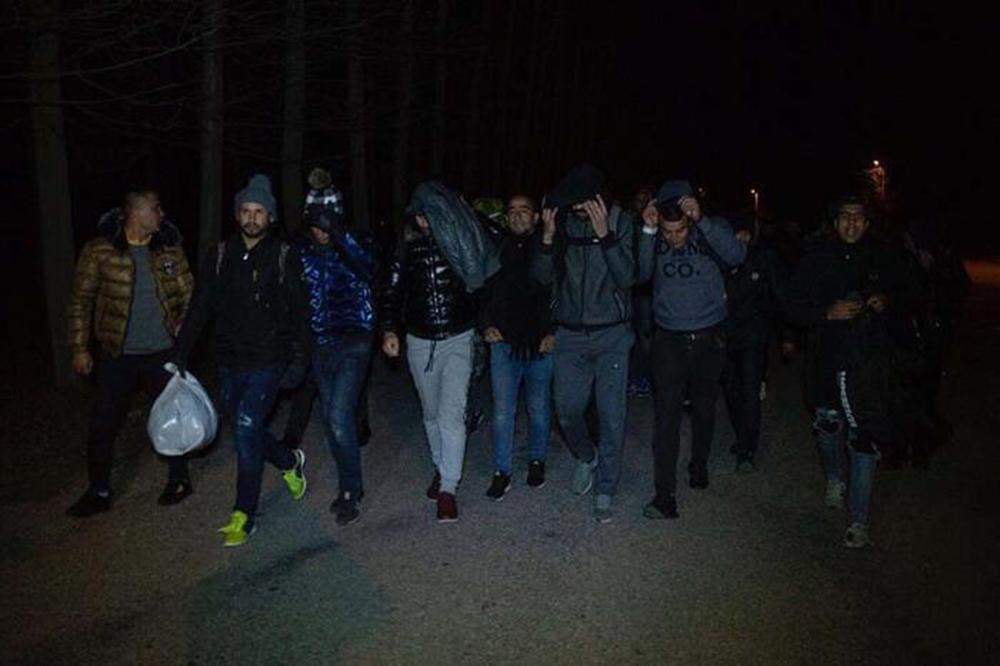 Μετανάστες στα σύνορα