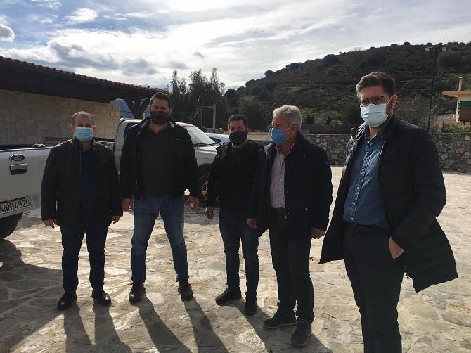 Στα σημεία των εργασιών ο δήμαρχος Μ Μποκέας μαζί με μέλη της δημοτικής αρχής