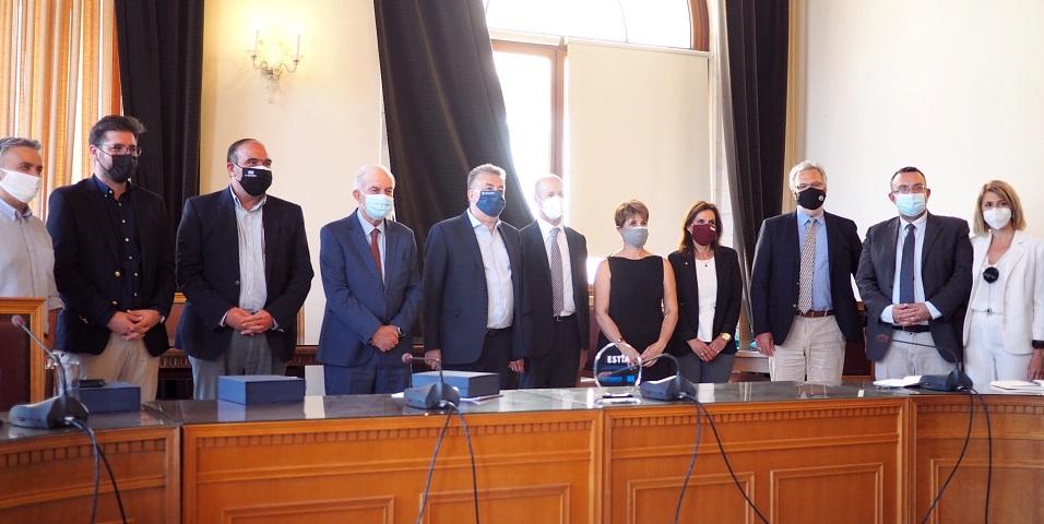 Εκπρόσωποι της τοπικής αυτοδιοίκησης και των τοπικών εταίρων του προγράμματος, συνομίλησαν για τις προοπτικές ένταξης και την ως σήμερα πορεία του στεγαστικού προγράμματος ESTIA.