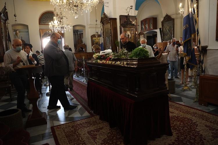 Θλίψη και συγκίνηση στη Μητρόπολη Χανίων