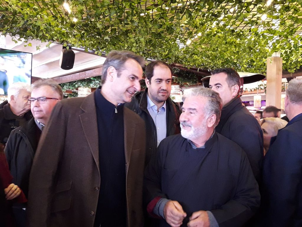 Ο κ. Μητσοτάκης ζήτησε από τους πολίτες «να γνωρίζουν ότι η κυβέρνηση του δουλεύει πολύ σκληρά.