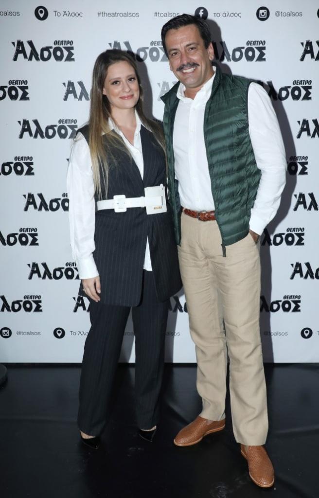 Ο Τόνι Σφήνος με τη γυναίκα του