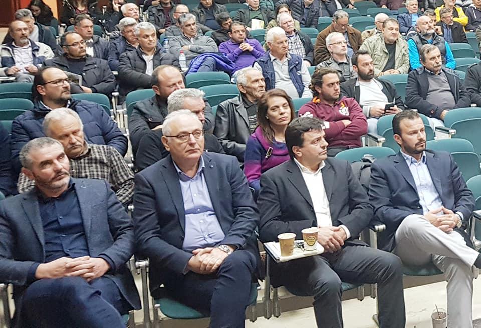 Από την εκδήλωση στο Πολύκεντρο Μοιρών. Διακρίνονται μεταξύ άλλων οι κ. Συριγωνάκης, Σταθοράκης και Μπαριτάκης.