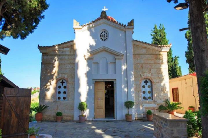 Ο Ιερός Ναός του Ευαγγελιστή Λουκά, στην Θήβα - Αρχείο Ιερά Αρχιεπισκοπή Αθηνών