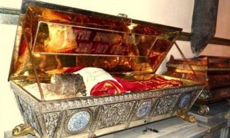 Λείψανο Αγίς Ευφημίας - Φυλάσσεται στον Ι.Ν του Αγίου Γεωργίου στο Φανάρι