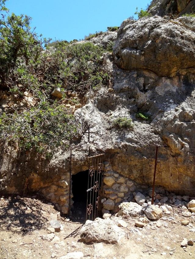 Σπήλαιο Γουμενόσπηλιο - Αγιοφάραγγο