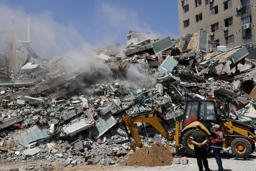 Στα συντρίμμια της Γάζας - Άμορφες μάζες εκει που κάποτε υπήρχαν σπίτια