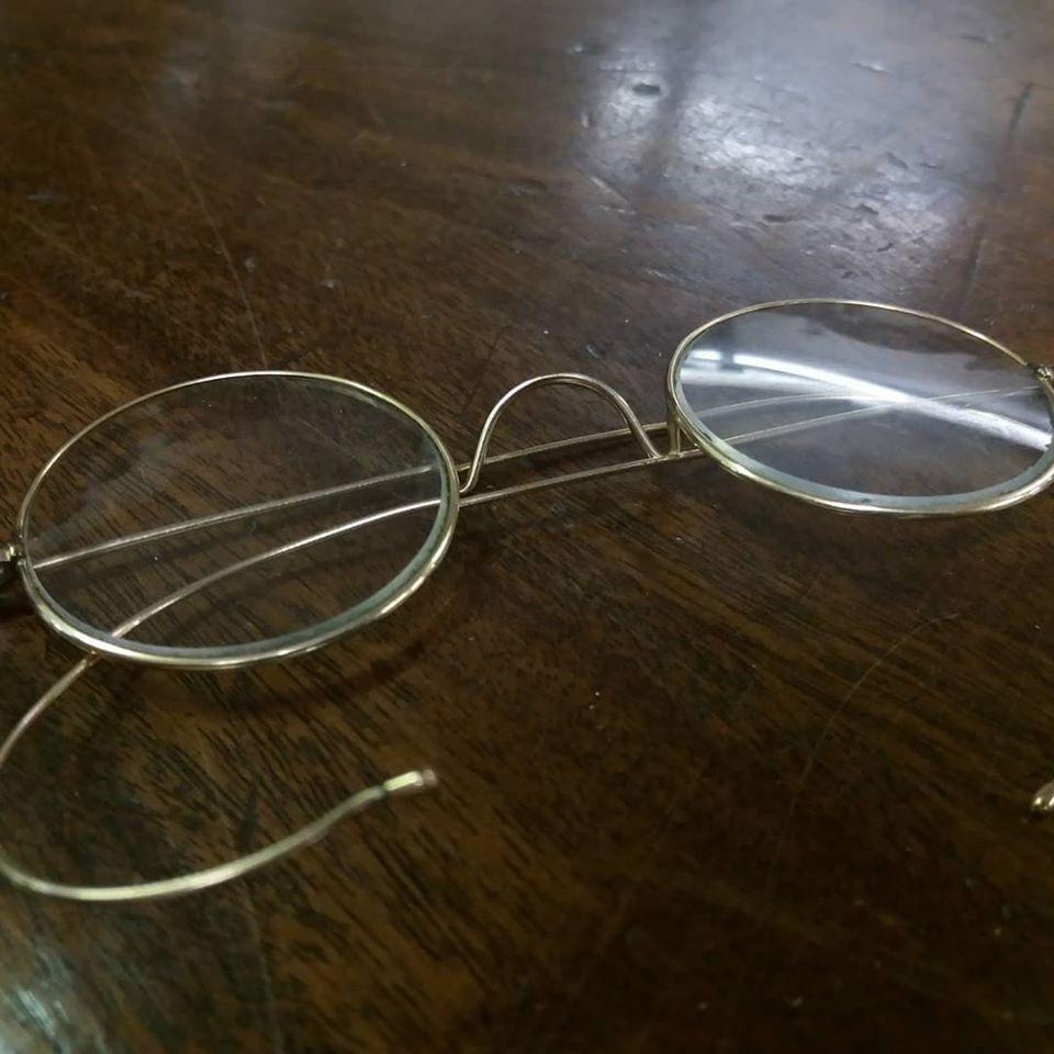 Τα γυαλιά του Μαχάτμα Γκάντι