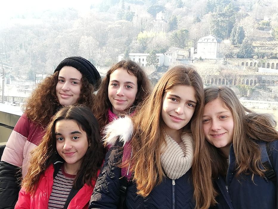 Οι μαθητές του 13ου Γυμνασίου κατά την διάρκεια εκπαιδευτικής επίσκεψης στο εξωτερικό.