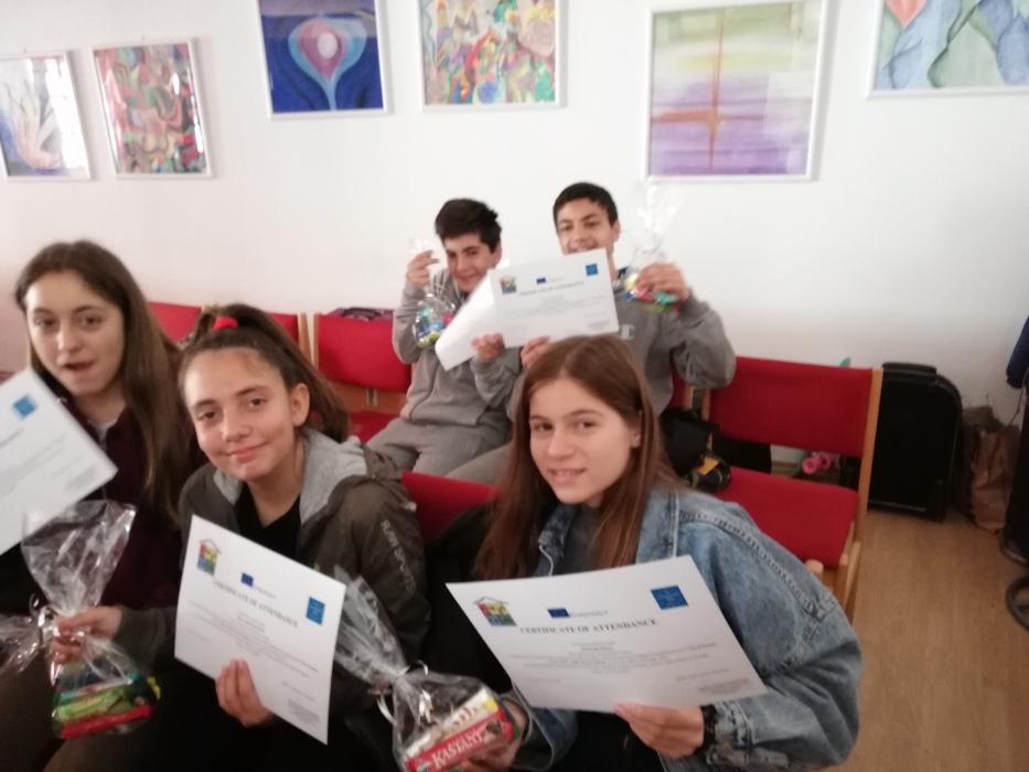 Το πρόγραμμα ολοκληρώθηκε με επιτυχία, γεγονός που οφείλεται στην άψογη συνεργασία εκπαιδευτικών και μαθητών.