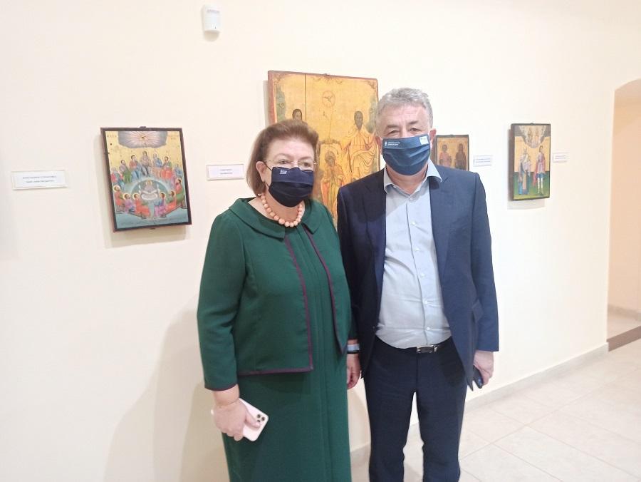 Ο κ.Αρναουτάκης με την κ.Μενδώνη