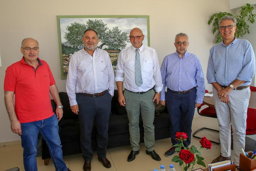 Η συνάντηση πραγματοποιήθηκε στα γραφεία της ΠΕΔ Κρήτης