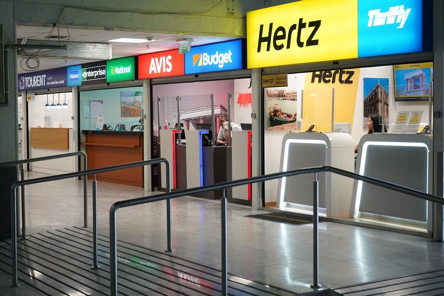L'aéroport d'Héraklion est vide de visiteurs