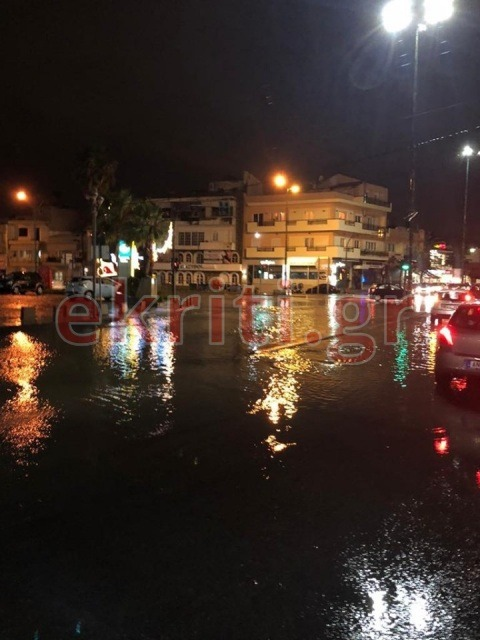 Ποτάμια οι δρόμοι στο Ηράκλειο