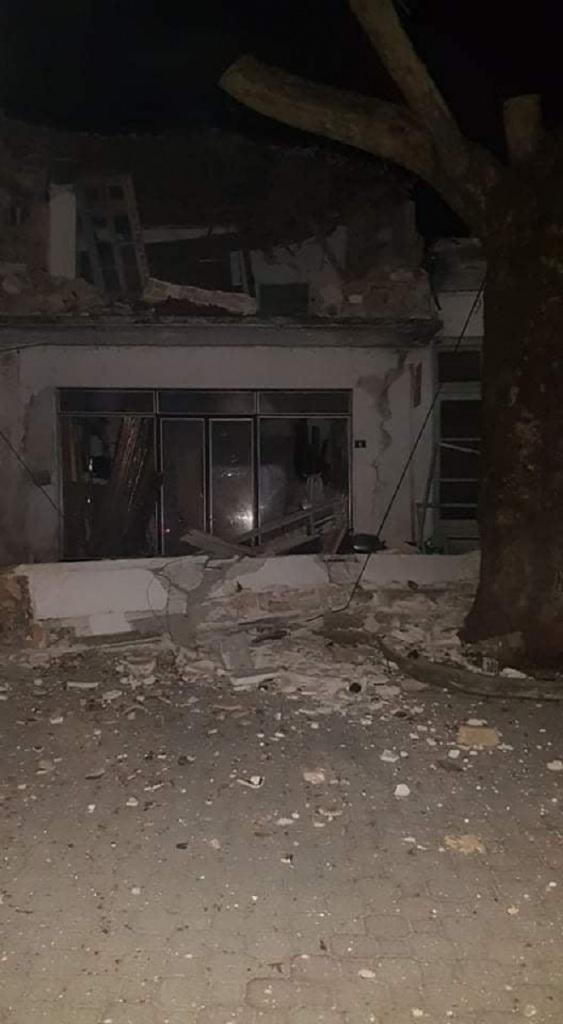 Ο σεισμός προκάλεσε ζημιές σε σπίτια