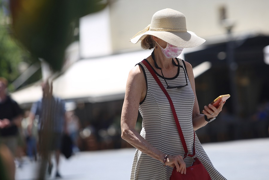 Ηράκλειο: Απαραίτητο το καπέλο λόγω καύσωνα!