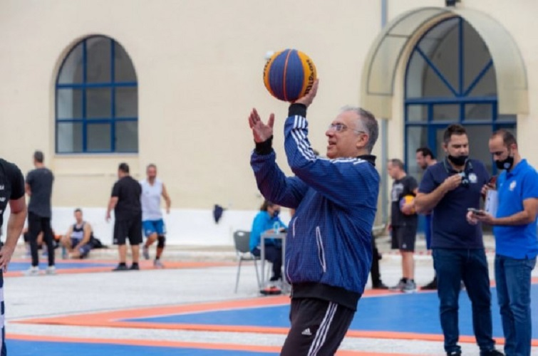 Θεοδωρικακος - Έπαιξε σε τουρνουά μπάσκετ της Αστυνομίας