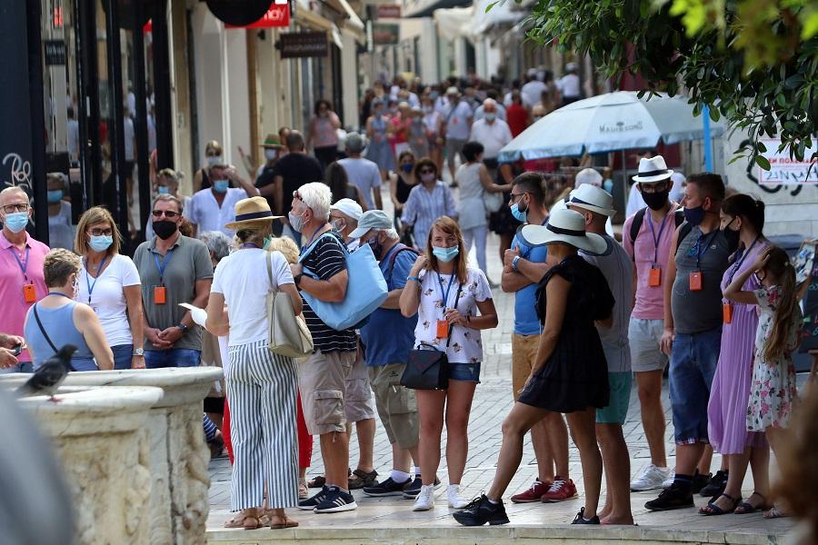 Χαλαρή βόλτα για τους τουρίστες